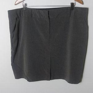 Old Navy gray skirt size 20